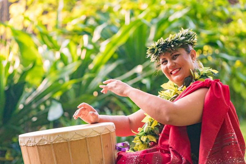 bigkahunaluau-royal-welcome-drums-800x533