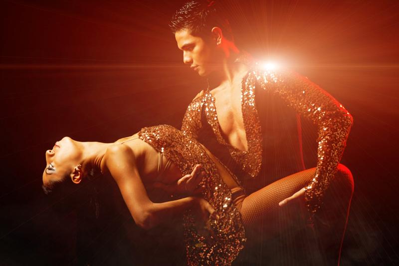 cuban-dancers-800x533